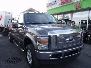 2009 Ford F-250 4X4-XLT-8 PIEDS