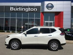 2015 Nissan Rogue S AWD, ACCIDENT FREE !