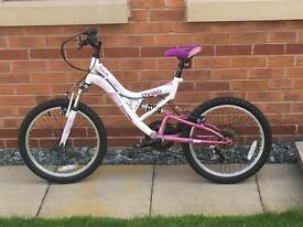 Girls bike - approx 7-10 years