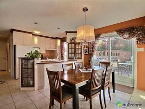 235 000$ - Maison à deux paliers à vendre à Chicoutimi Saguenay Saguenay-Lac-Saint-Jean image 2