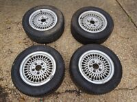 BMW E36 alloys with excellent tyres