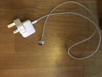 Genuine Apple Ipad 3 charger and lead