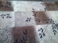 Thomasville very beautiful big rug in very good condition only £40