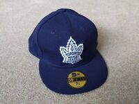 New era fitted cap (7 & 3/4 size) - Toronto Maple Leafs