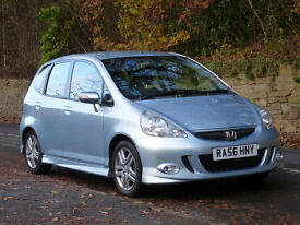 HONDA JAZZ 1.4i-DSI SPORT 5dr. FSH, metallic paint, MoT Sept., air con., CD player, very clean