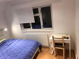 Large room in a brand new house with great facilities