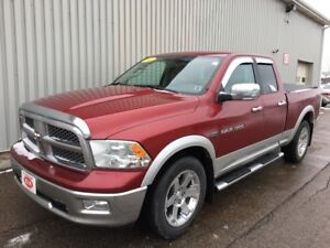 2012 RAM 1500 Laramie LARAMIE 4X4 QUAD CAB V8 WITH LOW KMs AN...