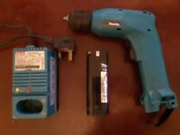 Makita 6017D Cordless Drill with Battery and Fast Charger
