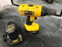 DEWALT 14.4v cordless drill/driver