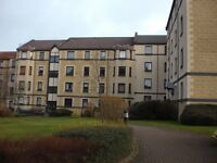 Lovely 2 Bedroom Top Floor Flat in West Bryson Road, Polwarth with Allocated Parking Space £850 pcm