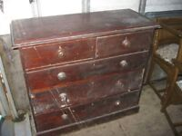 ANTIQUE STAINED SOLID PINE CHEST OF DRAWERS. SOME TLC REQUIRED. STURDY PIECE. VIEW/DELIVERY POSSIBLE