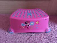 Minnie Mouse step stool