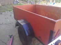 A car trailer 5feet by 3feet inderpentent surspention mini