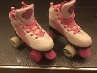 Girls Rio Skates, with light up wheels..*** excellent condition ***