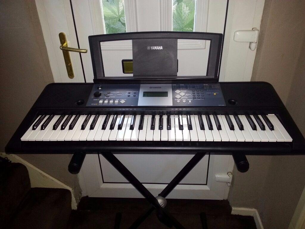 Yamaha Ypt Keyboard With  Keys Black