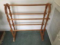 Wood towel rail