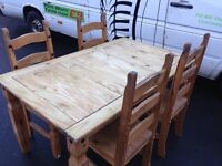 Dining table and 4 chairs in exellent condition