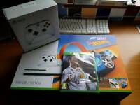 Xbox one s bnib with extras and fifa 18 bnip