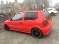 VW Polo 1.1 Red. Drives but no MOT. (Good for spares at least)