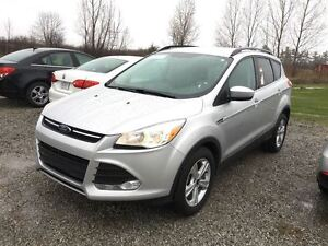 2015 Ford Escape SE/CARPROOF CLEAN/BLUETOOTH/HEATED SEATS