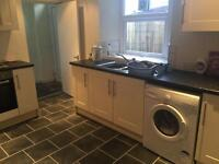 1 BEDROOM PERIOD FLAT - BRAND NEW KITCHEN & BATHROOM - GREAT LOCATION IN WESTERHOPE