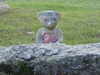 VINTAGE MRS TEDDY BEAR GARDEN ORNAMENT GARDEN STATUE