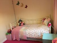 Beautiful Single Trundle Bed Brand New in Box need to be gone asap £100 OVNO