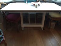 Contemporary extending dining table 160-220cm white