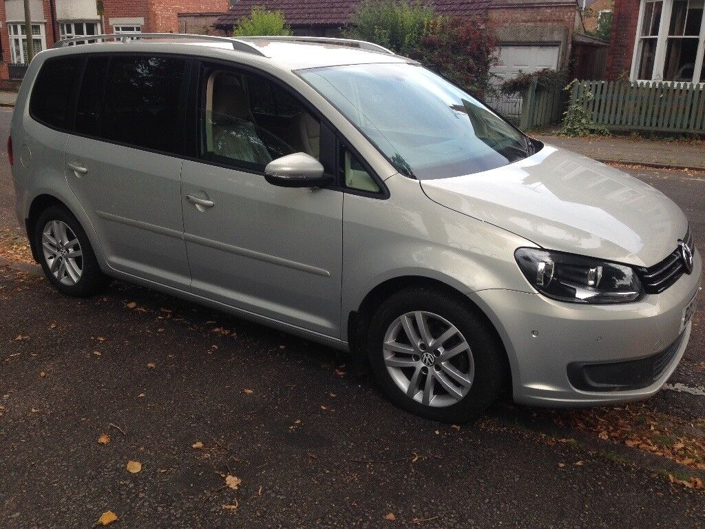volkswagen touran 1 6 tdi 7 seater 2013 in leicester. Black Bedroom Furniture Sets. Home Design Ideas