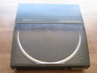 Technics DC Servo Automatic Turntable System SL-J11 record player