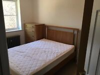 Double room with Private Bathroom in a newly renovated house all bills + Cleaner included