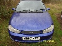 Breaking Ford Mondeo MK2 2.5 V6I in Blue metalic leather Reacaros etc