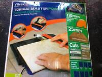 Electric tile cutter £10 ono