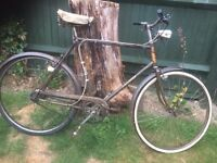 Vintage !ans Raleigh Traditional Town Bike 3 speed (spares or repairs