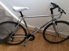 Jamis Coda Comp 2014 Mens 21-inch hybrid commuter bike