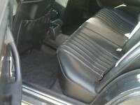 Mercedes 200 D LEFT HAND DRIVE