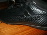 ADIDAS X 16.4 TURF / ASTRO FOOTBALL BOOTS (AS GOOD AS NEW).