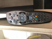 Sky + HD 250g. + remote