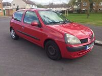 Renault Clio, 1.1 Petrol, 12 months MOT, 84K only.