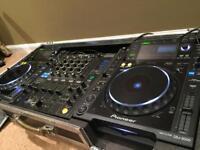 2 x PIONEER CDJ 2000 + DJM 800 MIXER & flight case