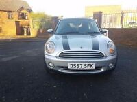 Mini cooper 1.6 hatchback 3dr Petrol (Very Low Mileage) 1 previous owner from New.