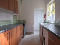 2 BEDROOM FLAT PURLEY ONLY £1100PM!!!!!!!