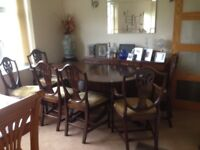 Table (extending) and 6 chairs