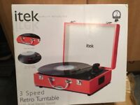 Record Player NEW - Retro Record Player - 3 Speed Turntable