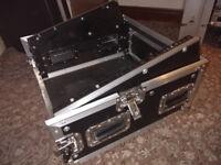 """5U 19"""" Combi Flight case, Desk/Amp rack"""