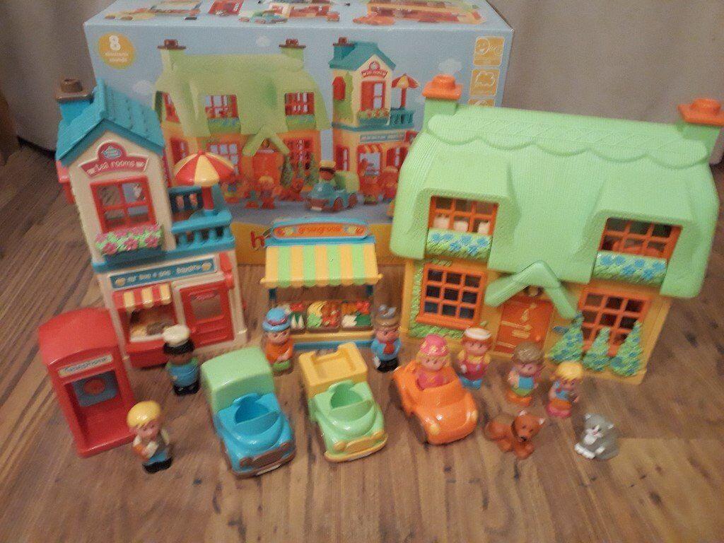 Happy land Village set - Boxed - Mint
