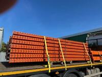 INDUSTRIAL WAREHOUSE PALLET RACKING 3.7m x 900mm UPRIGHTS £75 2.7m BEAMS £17