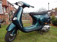 Vespa Piaggio et4 125 green