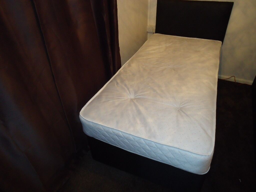 NEW 3ft SINGLE DIVAN BED, WITH MATTRESS.