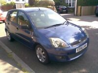 FORD FIESTA CLIMATE 2006 ONE YEAR MOT 3 OWNERS NEW MILAGE 54000